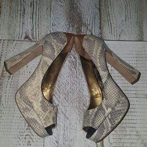 Sam Edelman Snakeskin Pattern Size 8.5